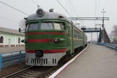 Tren suburbano. Imágenes de archivo libres de regalías