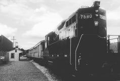 Tren viejo 7580, blanco y negro Imágenes de archivo libres de regalías