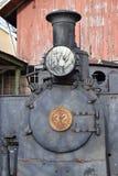 Tren viejo del vapor en la estación imagenes de archivo