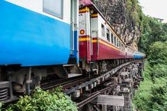 Tren viejo en ferrocarril de la muerte Fotografía de archivo