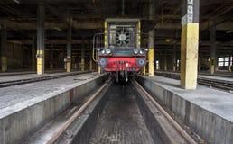 Tren viejo en vertiente del tren Fotos de archivo libres de regalías