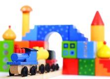 Tren y bloques de madera del juguete Foto de archivo