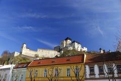 Trencin市城堡 免版税库存照片