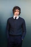 Trendig man som poserar på veckan för mode för Milan Men ` s Arkivfoton