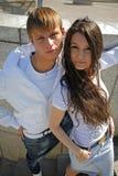 trendiga tonåringar två Royaltyfria Bilder