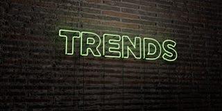 TRENDY - Realistyczny Neonowy znak na ściana z cegieł tle - 3D odpłacający się królewskość bezpłatny akcyjny wizerunek Fotografia Stock