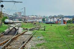 Trenes de carga en una estación Fotografía de archivo