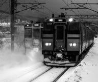 Trenes del japonés en invierno Fotografía de archivo