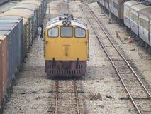 Trenes en una estación Imagen de archivo libre de regalías