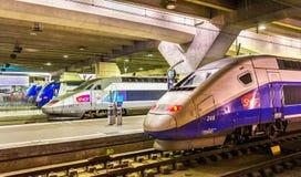 Treni ad alta velocità del TGV alla stazione ferroviaria di Montparnasse Fotografia Stock