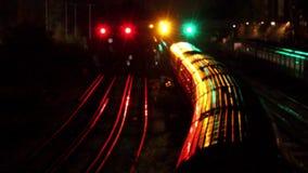 Treni a Londra, Inghilterra video d archivio