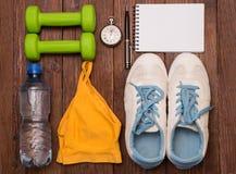 Trening i sprawności fizycznej kopii przestrzeni dieting dzienniczek pojęcie zdrowego stylu życia Zdjęcie Stock