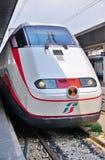 Trenitalia prędkości wysoki pociąg w Włochy zdjęcia stock