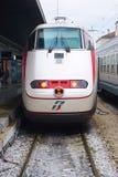 Trenitalia snabba drev (Italo, Frecciarossa och Frecciabianca) på den Venedig Saint Lucia järnvägstatistiken Fotografering för Bildbyråer