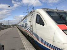 Treno ad alta velocità allegro fotografie stock libere da diritti