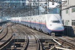 Treno (ad alta velocità) della pallottola di serie E4 Immagini Stock