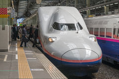 Treno (ad alta velocità) della pallottola di serie E4 Immagine Stock