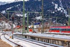 Treno ad alta velocità in Garmisch Partenkirchen in Germania Immagine Stock Libera da Diritti