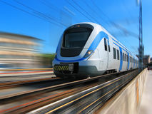 Treno ad alta velocità nel movimento Immagini Stock