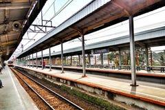 Treno in attesa Fotografia Stock