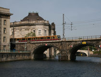Treno Berlino di S-bahn Fotografie Stock Libere da Diritti