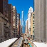 Treno in Chicago del centro IL Fotografia Stock