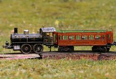 Treno con il vagone Immagine Stock Libera da Diritti