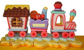 Treno decorativo della gomma piuma per la festa di compleanno del bambino Fotografia Stock