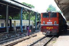 Treno del Myanmar Immagine Stock