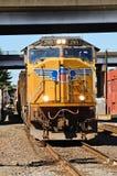 Treno del porto Immagini Stock