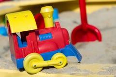 Treno del ` s dei bambini nella sabbiera Immagini Stock Libere da Diritti