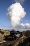 Treno del vapore nel paese di Bronte Immagini Stock