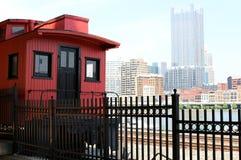 Treno della ferrovia della città di Pittsburgh Fotografia Stock