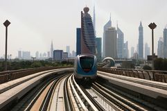 Treno della metropolitana del Dubai Fotografia Stock Libera da Diritti