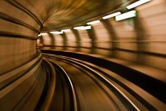 Treno della metropolitana nell'alta velocità Fotografie Stock
