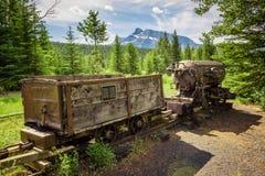 Treno della miniera di carbone nella città fantasma di Bankhead vicino a Banff, Canada Immagini Stock Libere da Diritti
