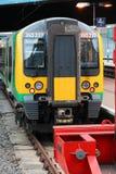 Treno della parte centrale di Londra Fotografie Stock Libere da Diritti