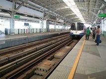 Treno di BTS a Bangkok Fotografia Stock Libera da Diritti