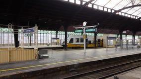 Treno di KD nella stazione di ferrovia di Görlitz Fotografia Stock Libera da Diritti