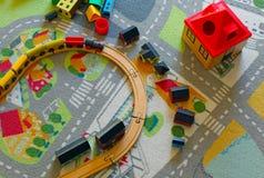Treno di legno del giocattolo Fotografie Stock Libere da Diritti