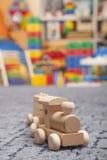 Treno di legno nella stanza del gioco Immagine Stock Libera da Diritti