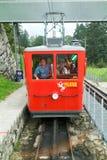 Treno di Pilatus, la ferrovia della ruota dentata più ripida del mondo Fotografie Stock