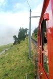 Treno di Pilatus, la ferrovia della ruota dentata più ripida del mondo Fotografie Stock Libere da Diritti