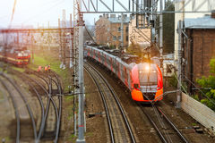 Treno elettrico ad alta velocità, ferrovia Immagini Stock Libere da Diritti