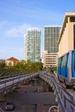 Treno elevato urbano fotografie stock