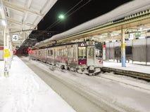 Treno nella neve immagine stock