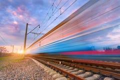 Treno passeggeri blu ad alta velocità nel moto Fotografie Stock
