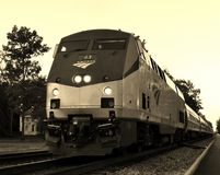 Treno passeggeri commovente Fotografia Stock