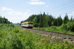 Treno regionale dello svedese Immagini Stock Libere da Diritti