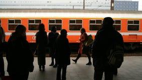 Treno rosso Immagini Stock